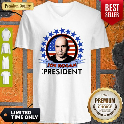 Nice Joe Rogan 2020 For President American Flag V-neck