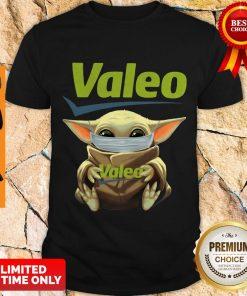 Awesome Star Wars Baby Yoda Hug Valeo Mask Covid 19 Shirt