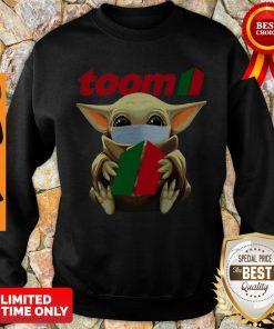 Good Baby Yoda Face Mask Hug Toom Sweatshirt