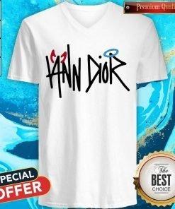Top Iann Dior Merch V-neck