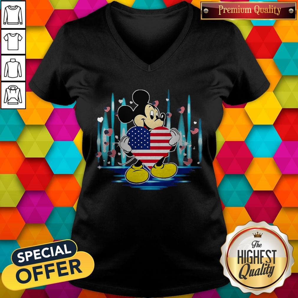 Nice Mickey Mouse Hug Heart God Bless America Flag Independence Day V-neck