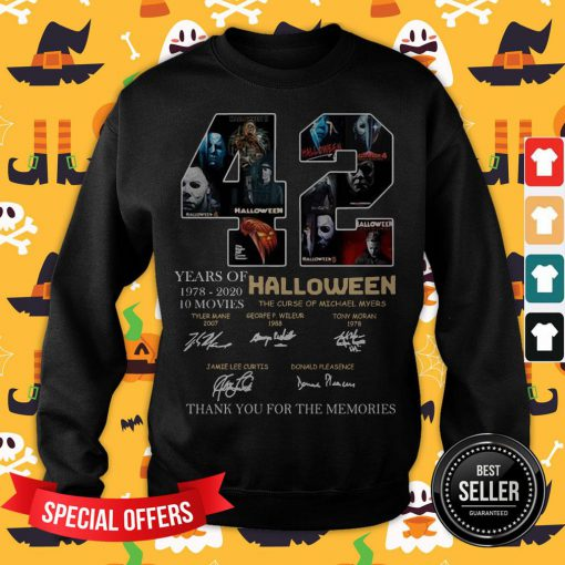 42 Years Of 1978 2020 10 Moves Halloween Thank You For The Memories Signatures Sweatshirt