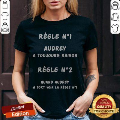 Regle No1 Caro A Toujours Raison Regle No2 Quand Caro A Tort Voir La Regle No1 V-neck