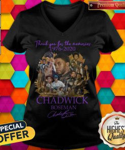 Thank You For The Memories 1976 2020 Chadwick Boseman Signature V-neck