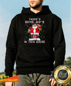 Hot Kansas City Chiefs Christmas There Is Some Hos In This House Santa Stuck In The Chimney NFL Youth Hoodie - Design By Fanatictees.com