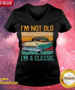 I'm Not Old I'm A Classic Car Vintage Retro V-neck- Design By Fanatictees.com