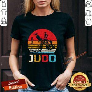 Judo Sunset Throw Vintage V-neck